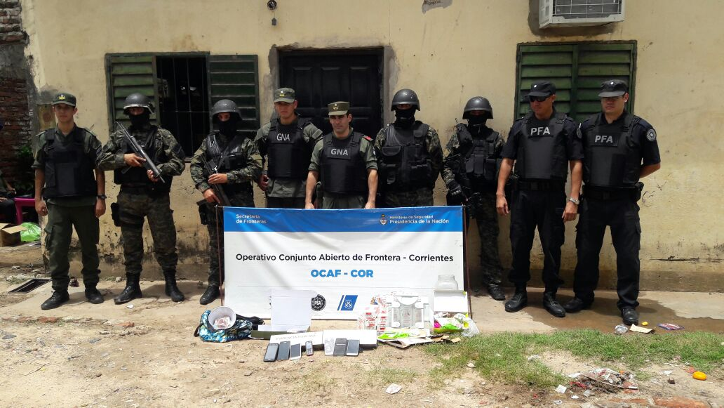 La Policía de Corrientes colaboro con fuerzas federales en una serie de allanamientos para combatir el narcomenudeo