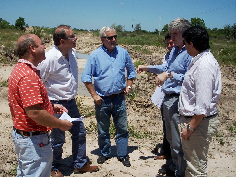 Los ministros Rodríguez y Vara, junto al intendente Tassano, verificaron trabajos en el Canal 5
