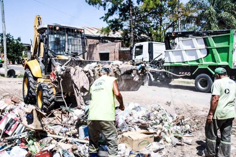 El operativo de descacharrado retomó hoy a los barrios Concepción, San Antonio y San Roque