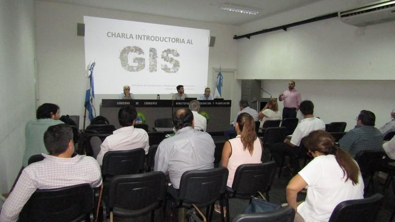 """Primera reunión preparatoria para la """"Elaboración de  mapas de riesgos en Municipios"""" a través del uso del GIS"""