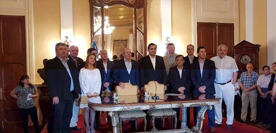 El nuevo gobernador de Corrientes Gustavo Valdés presentó su gabinete