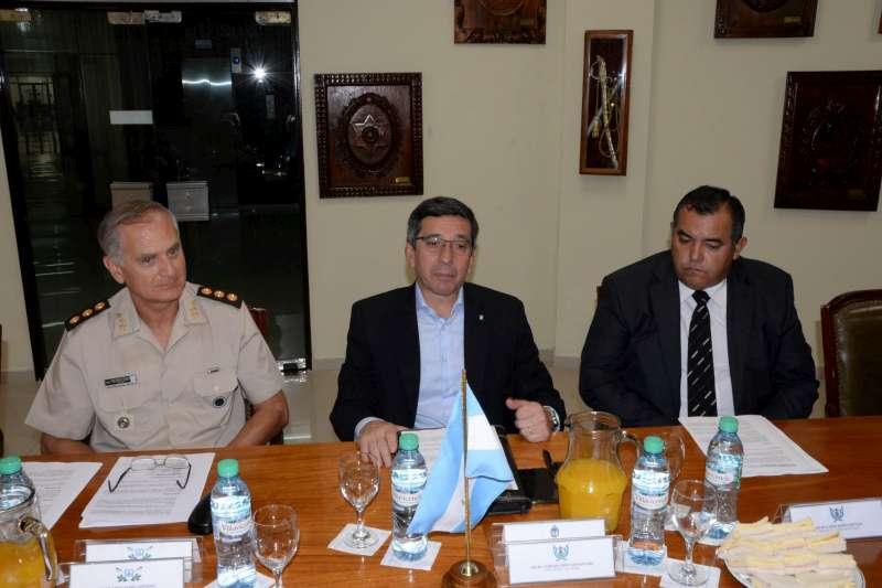 Especialistas capacitarán a efectivos policiales para profundizar la lucha contra el narcotráfico