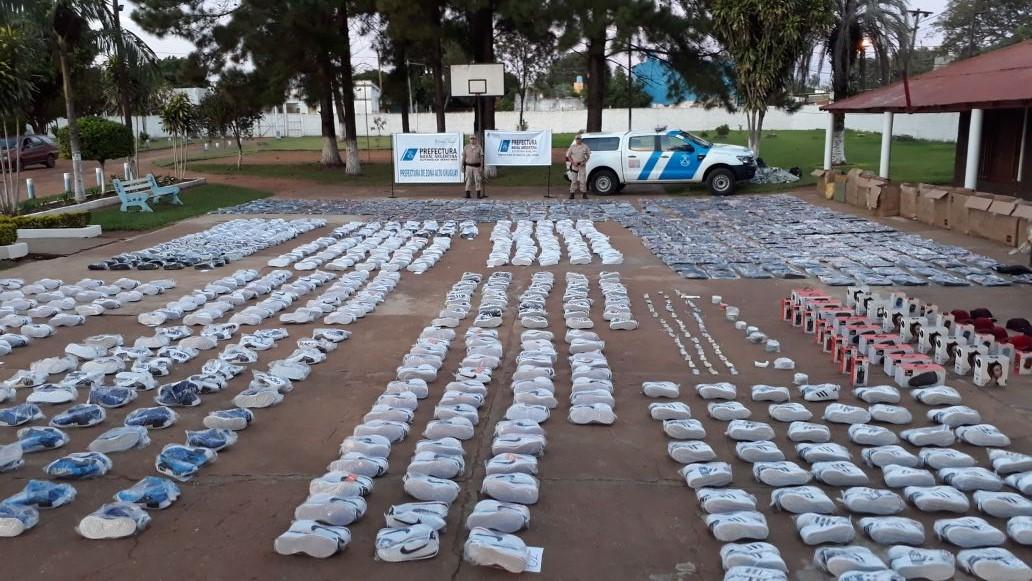 Secuestran cargamentos millonarios de mercadería ilegal