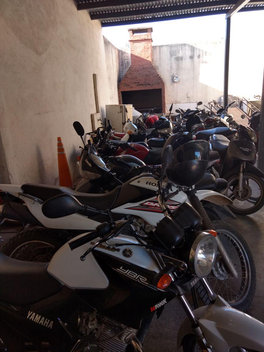 Secuestran 19 motocicletas por falta de documentación y demoran a 19 personas