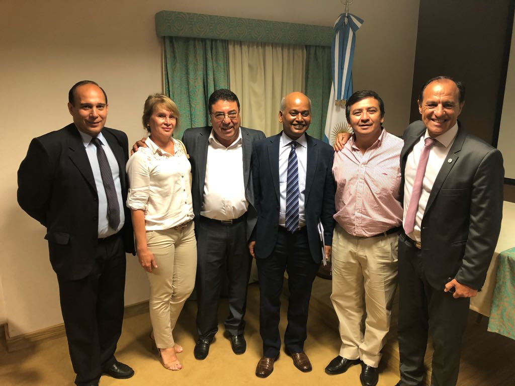 Empresarios correntinos estrecharon lazos con el embajador de la India en Argentina