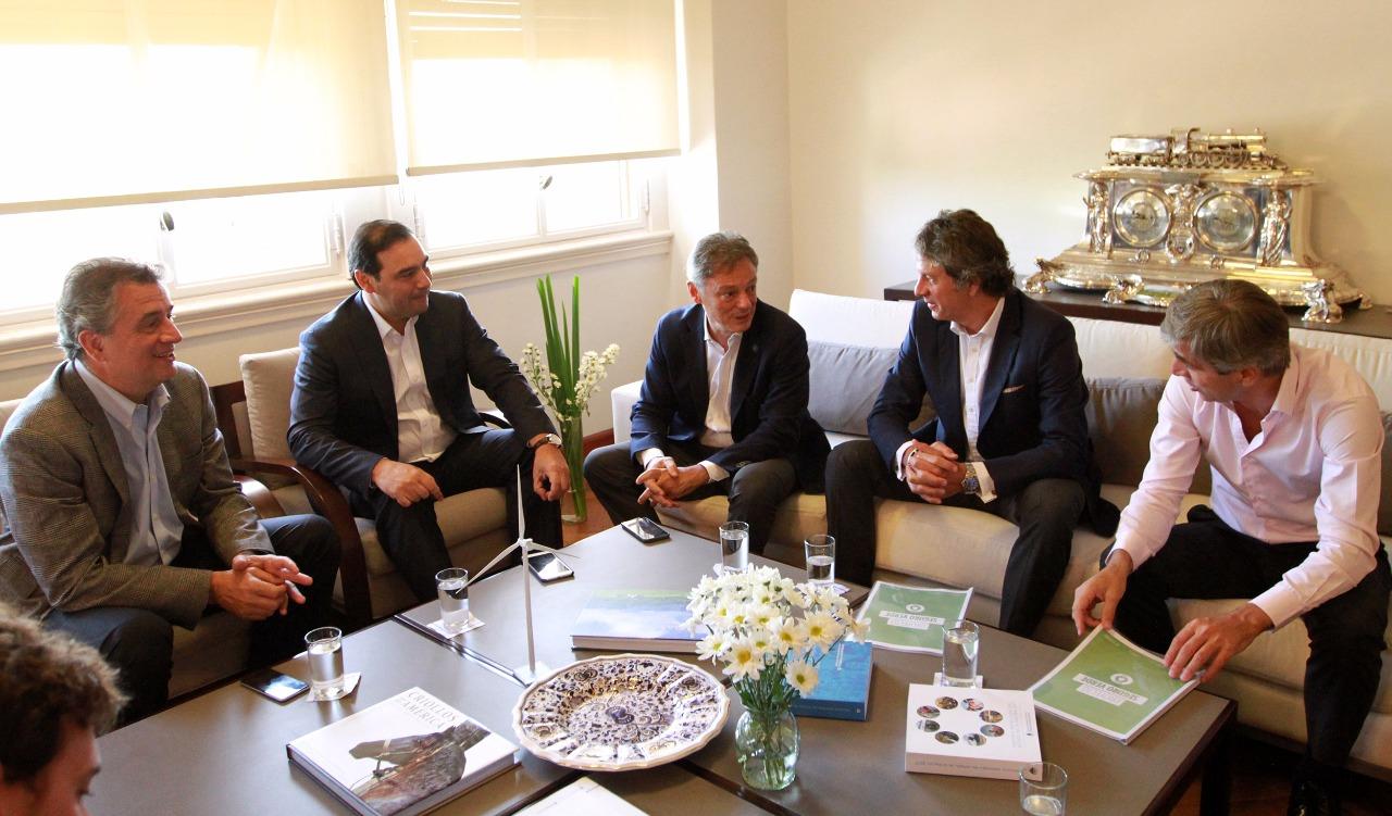 El gobernador Valdés se reunió con ministros de la Nación  por forestoindustria y obras del Plan Belgrano