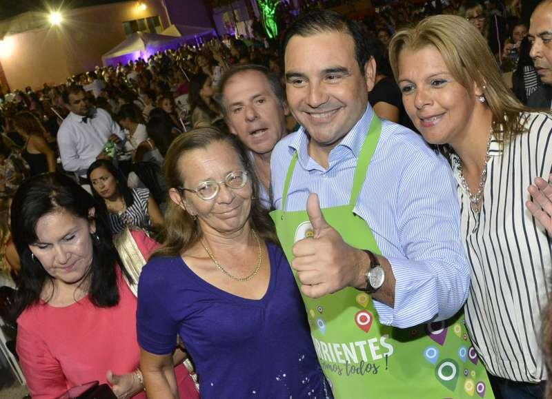 Valdés y  Osella agasajaron a  las goyanas en el mes de la mujer