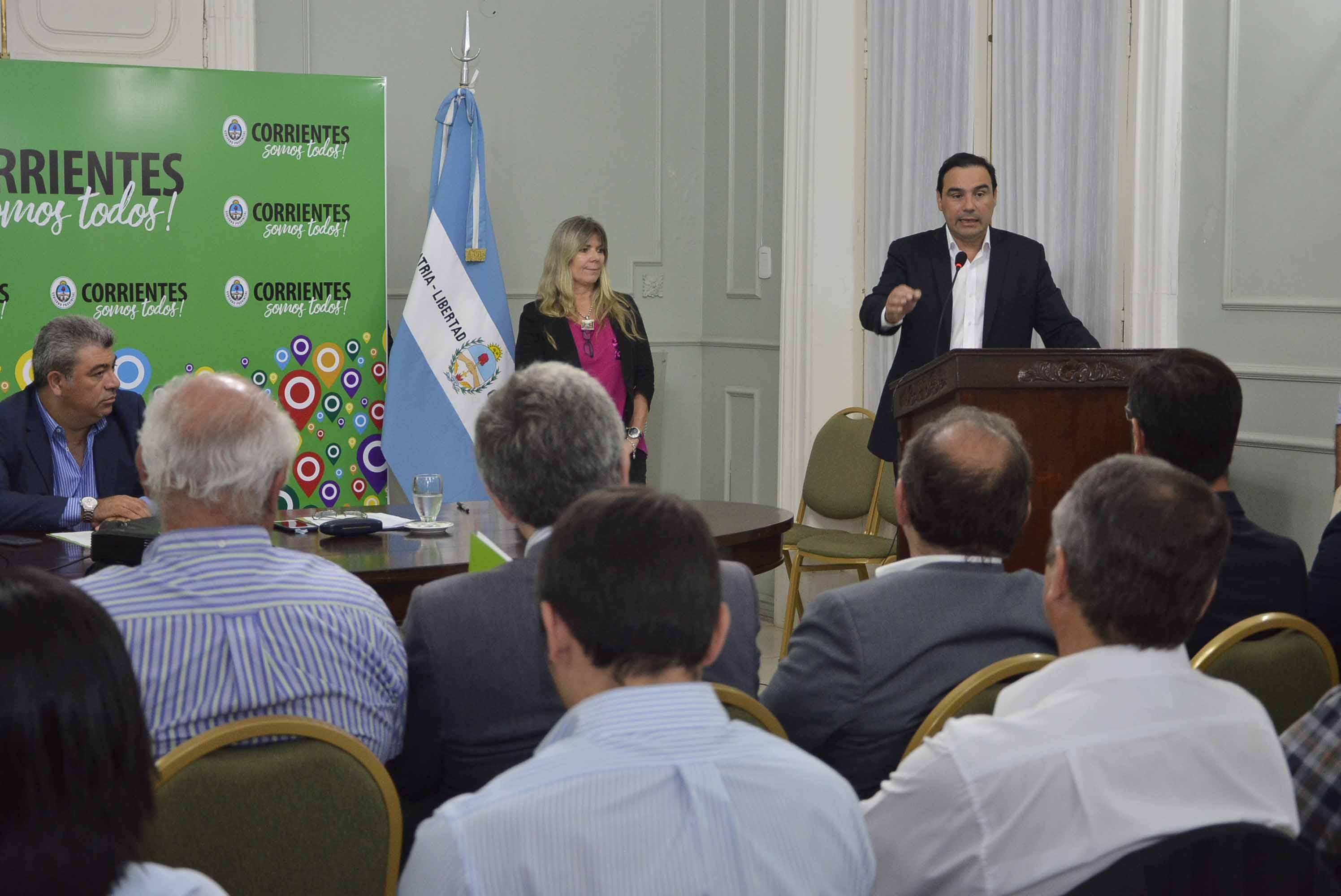 El Gobierno provincial presentó a municipios del área  metropolitana un proyecto de gestión de residuos