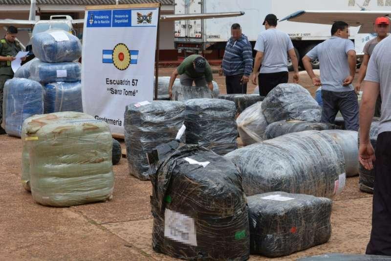 Gendarmería decomisó mercadería ilegal valuada en más de 20 millones de pesos.