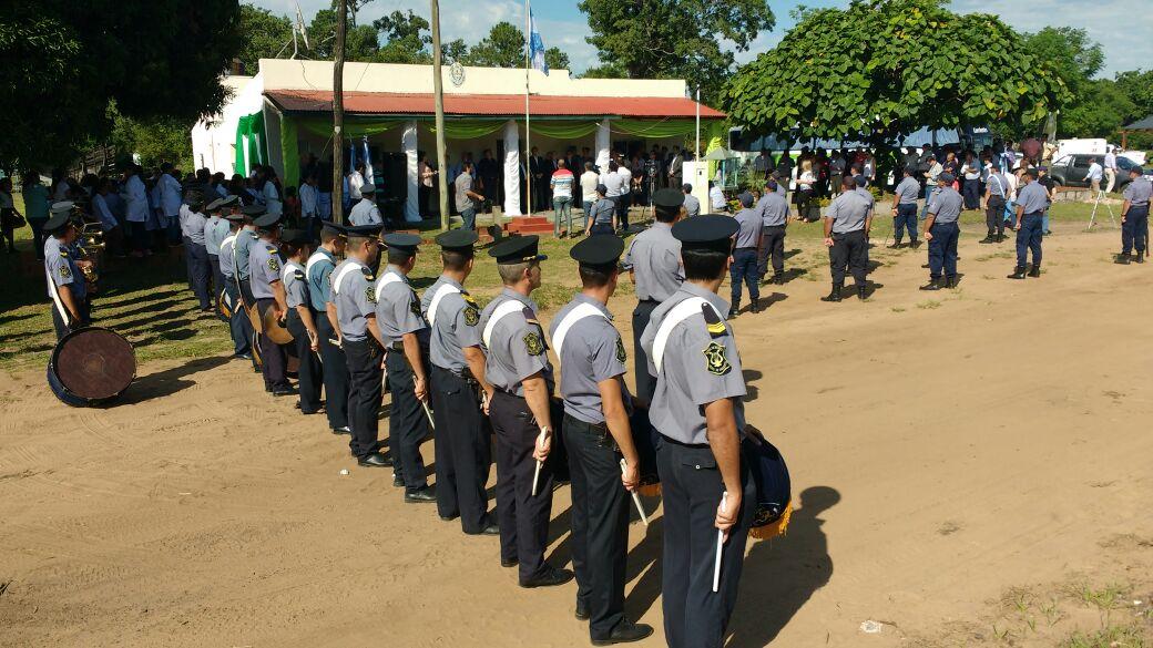 El gobernador Valdés definió que la Policía debe  cuidar los recursos naturales y asegurar el turismo