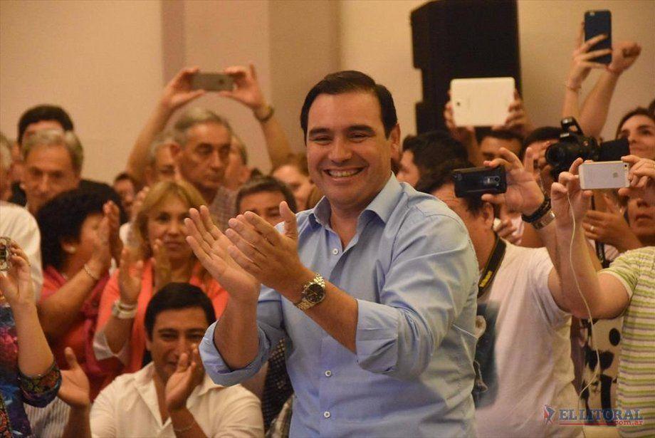 El gobernador Valdés visitará mañana dos localidades del interior provincial