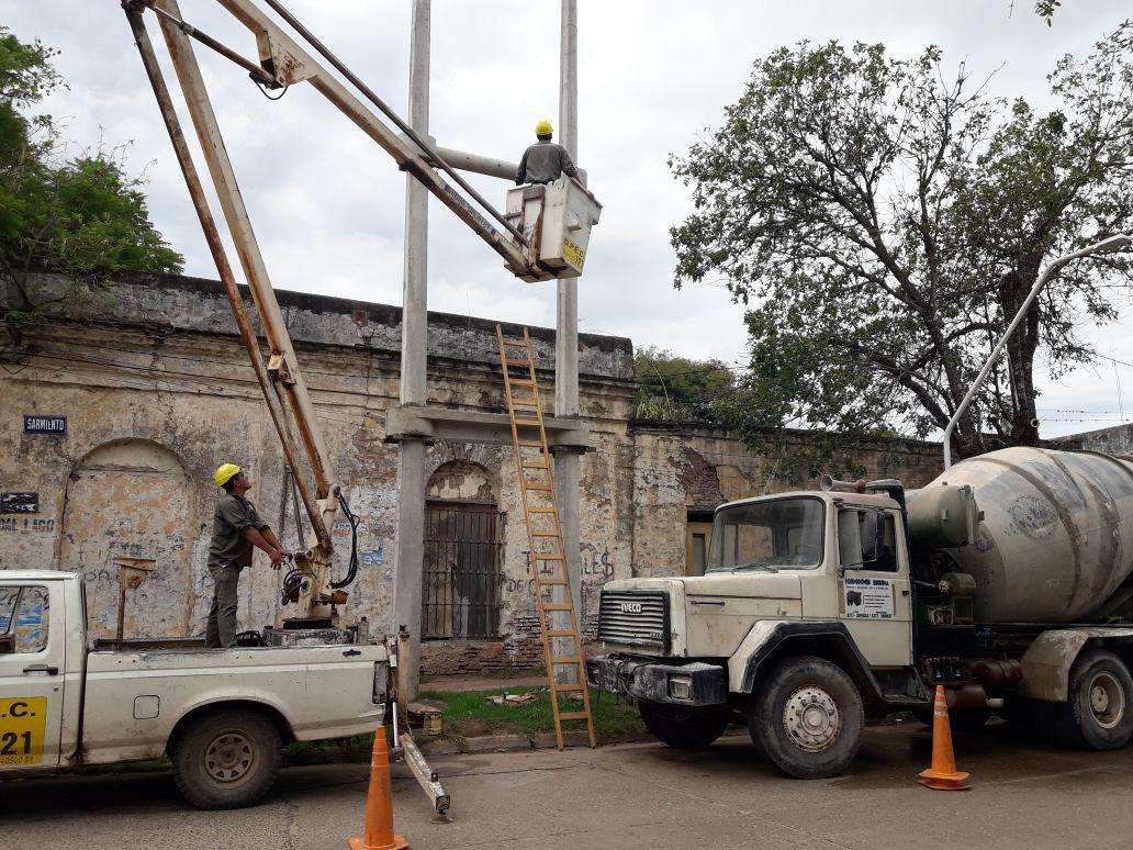 DPEC continúa con la habilitación de Subestaciones Transformadoras Aéreas en la ciudad de Esquina