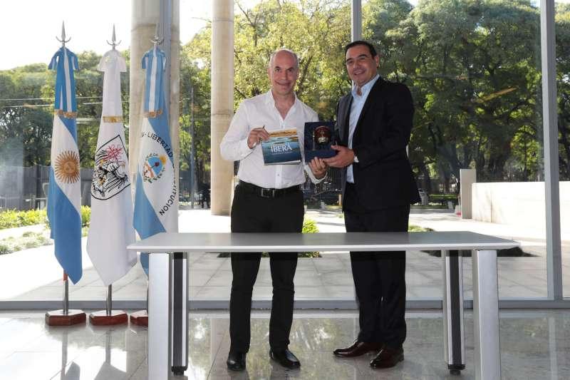 Valdés firmó un convenio de colaboración mutua con Rodríguez Larreta
