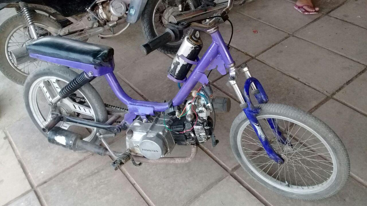 Personas demoradas y motocicletas secuestradas