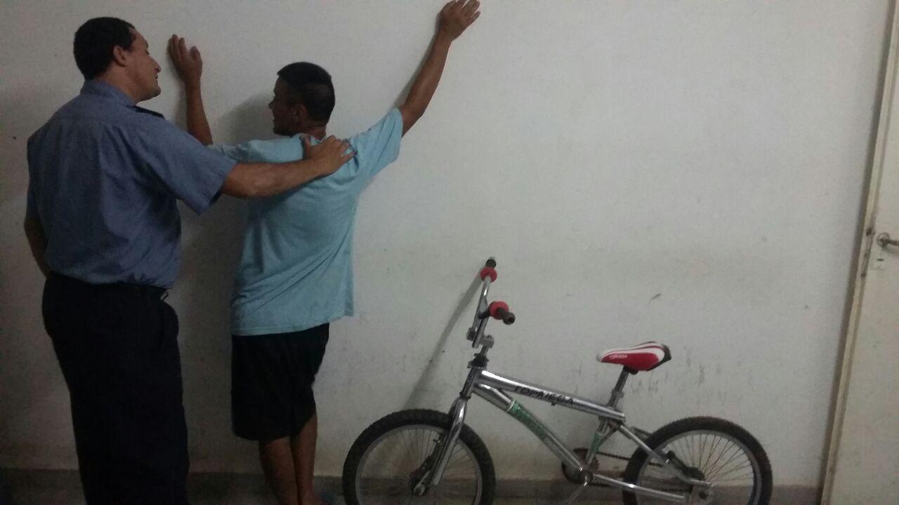 Aprehenden a un joven y recuperan una bicicleta sustraída