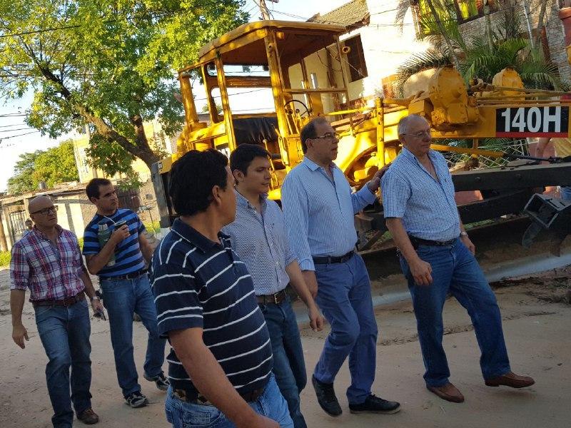 Avanzan los trabajos de recuperación de calles de tierra en la ciudad