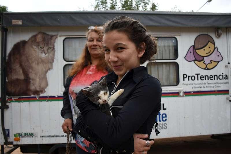 Este jueves se atendió gratuitamente a más de cien mascotas en el San Antonio Este