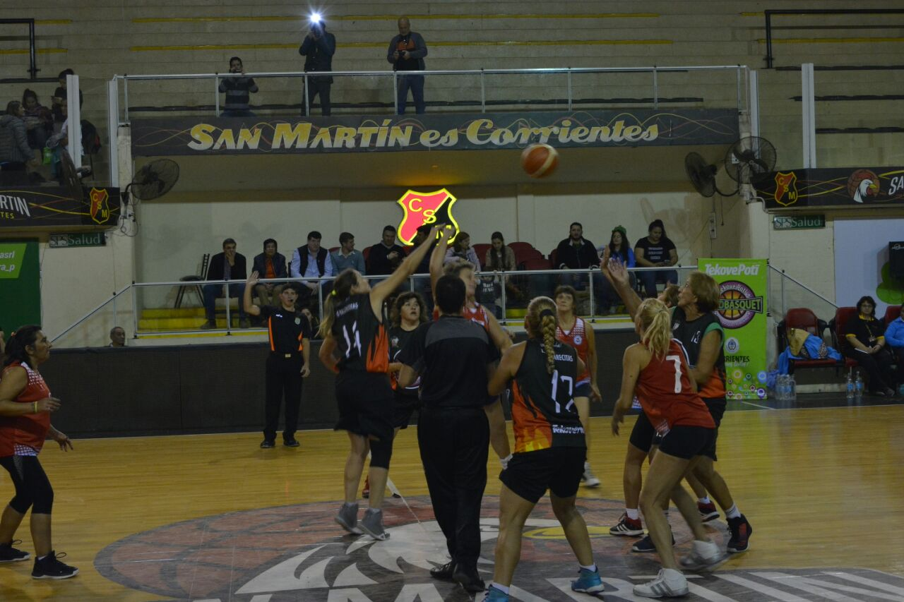 Apertura del Torneo Nacional de mujeres de más de 30 y más de 50 con el apoyo del Gobierno Provincial y Municipal