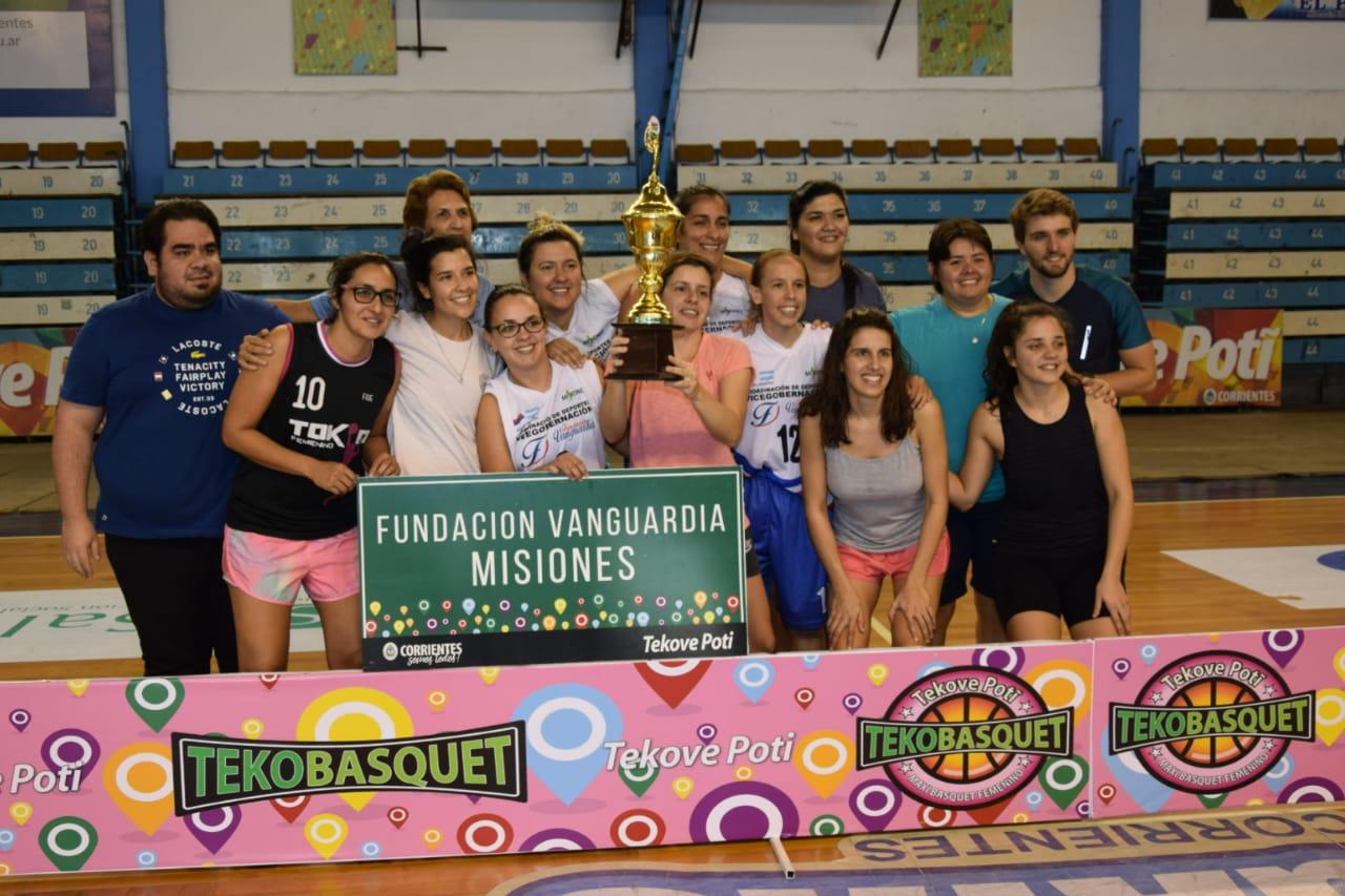 Finalizó con éxito el 1º Torneo de Maxi Básquet Femenino con apoyo de la Provincia