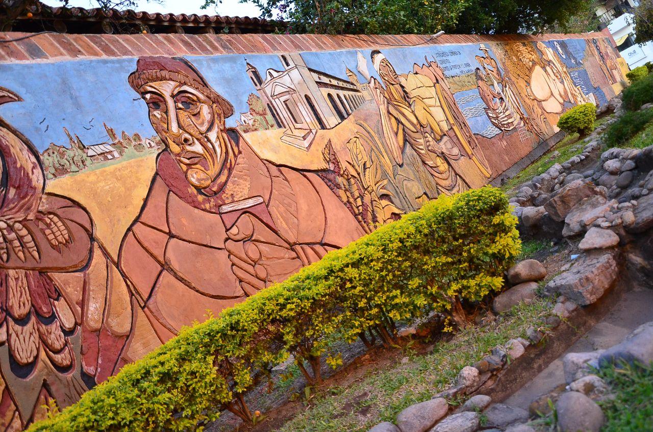 Tassano valorizó el trabajo de restauración de los murales en la ciudad