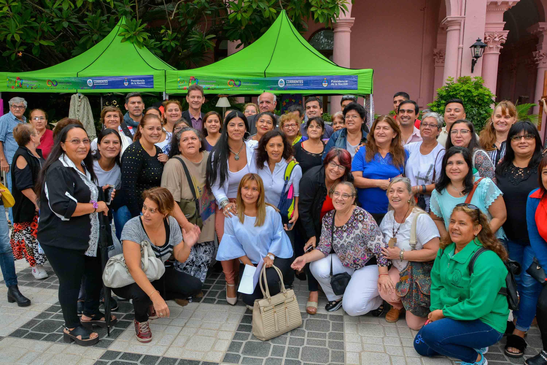 El Gobierno provincial lanzó el Primer Encuentro de Artesanos y Emprendedores