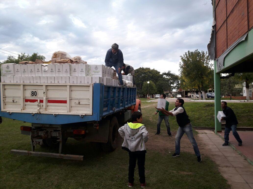 El gobierno Provincial envió elementos de primera necesidad en San Isidro