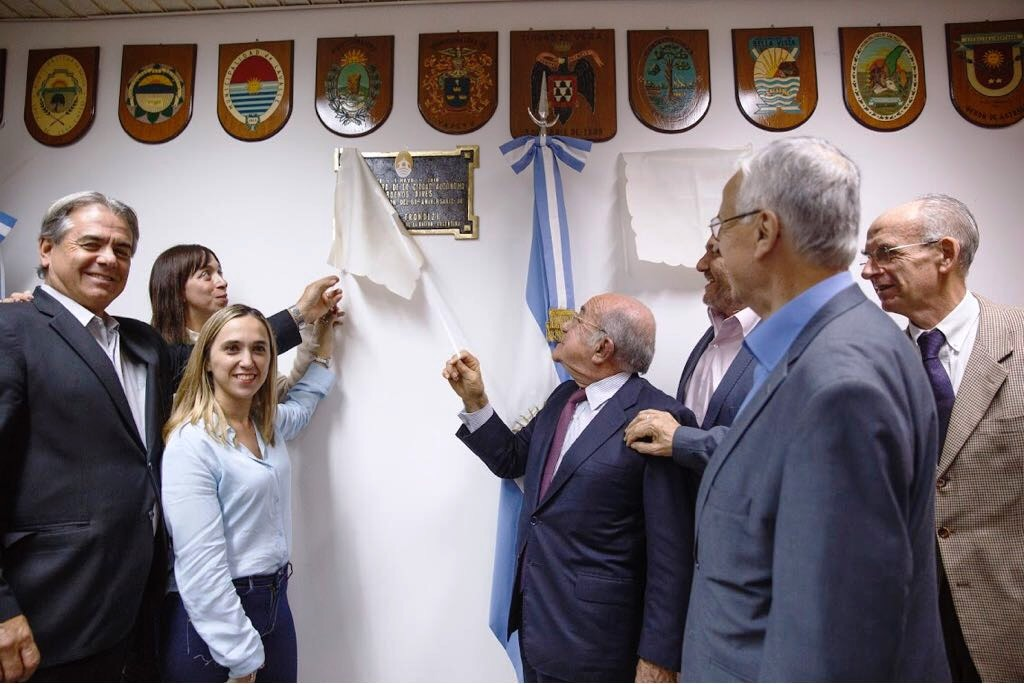 La Provincia presente en el homenaje de la Legislatura Porteña a Arturo Frondizi