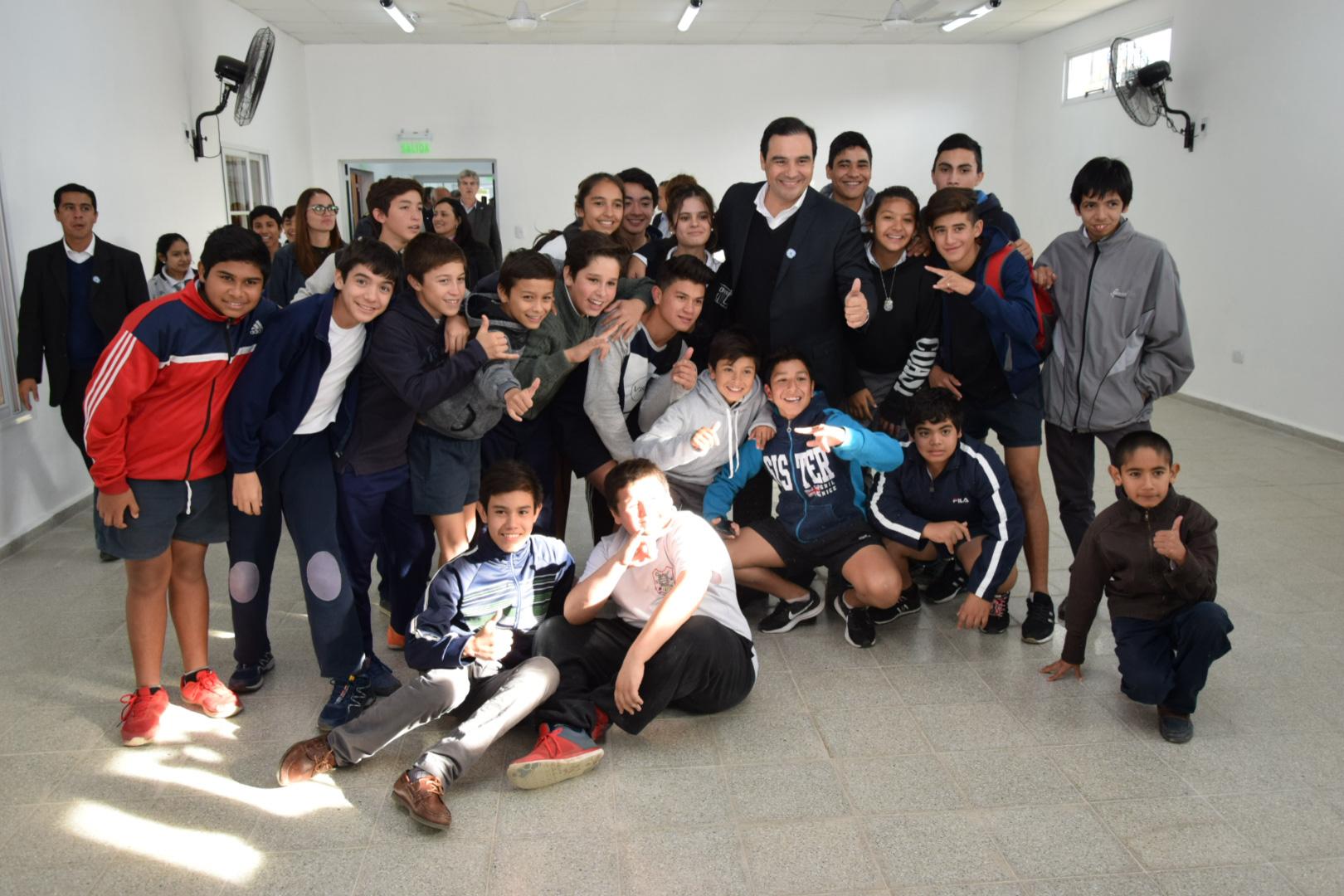 Mercedes: Valdés inauguró obras en el Centro de   Educación Física Nº 6 y oficina de Información Turística