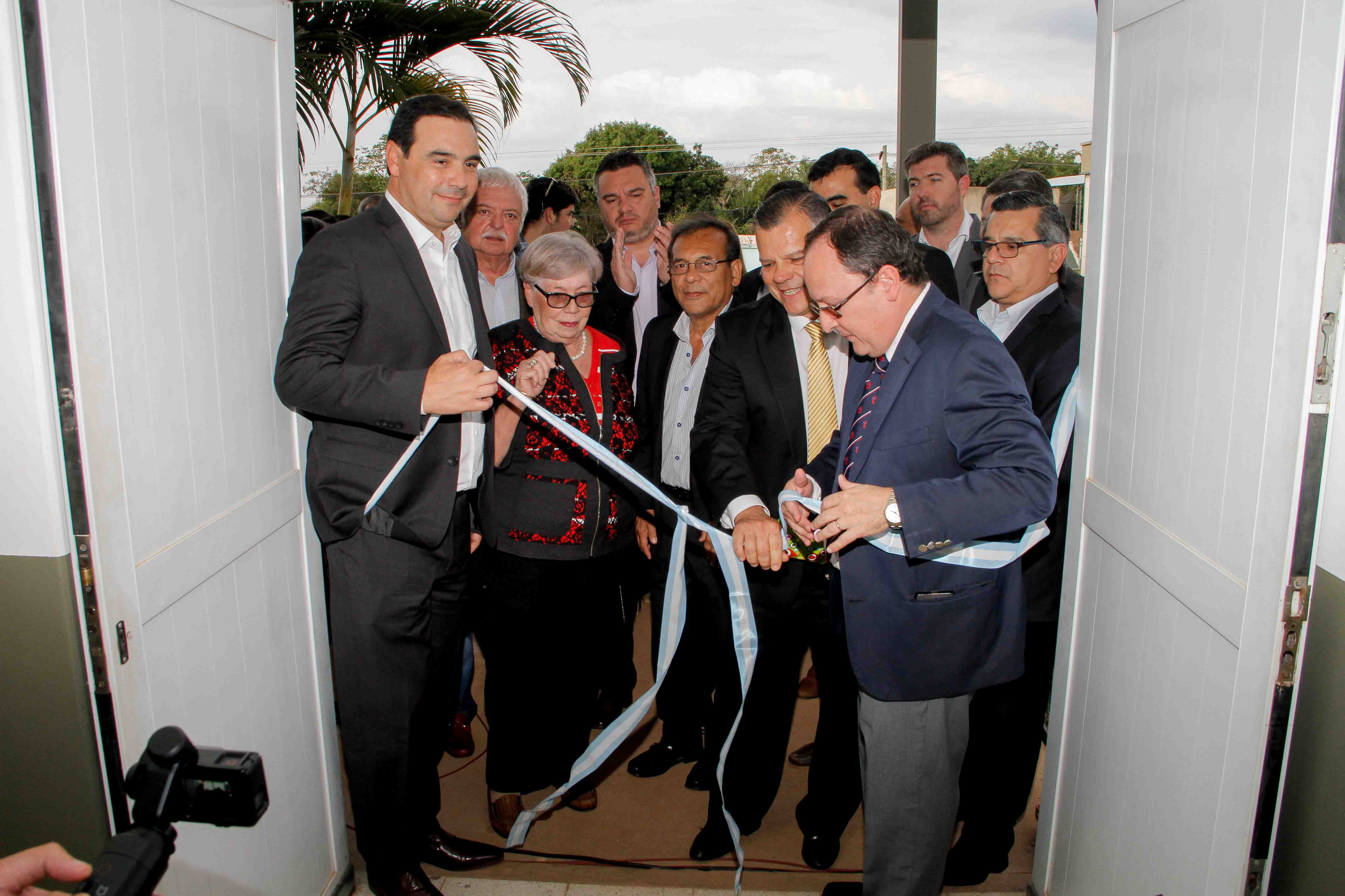 Valdés encabezó la entrega de un resonador y la inauguración de remodelaciones del Hospital