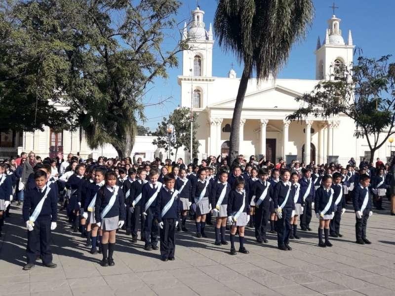 Cientos de alumnos vivieron una jornada patriótica