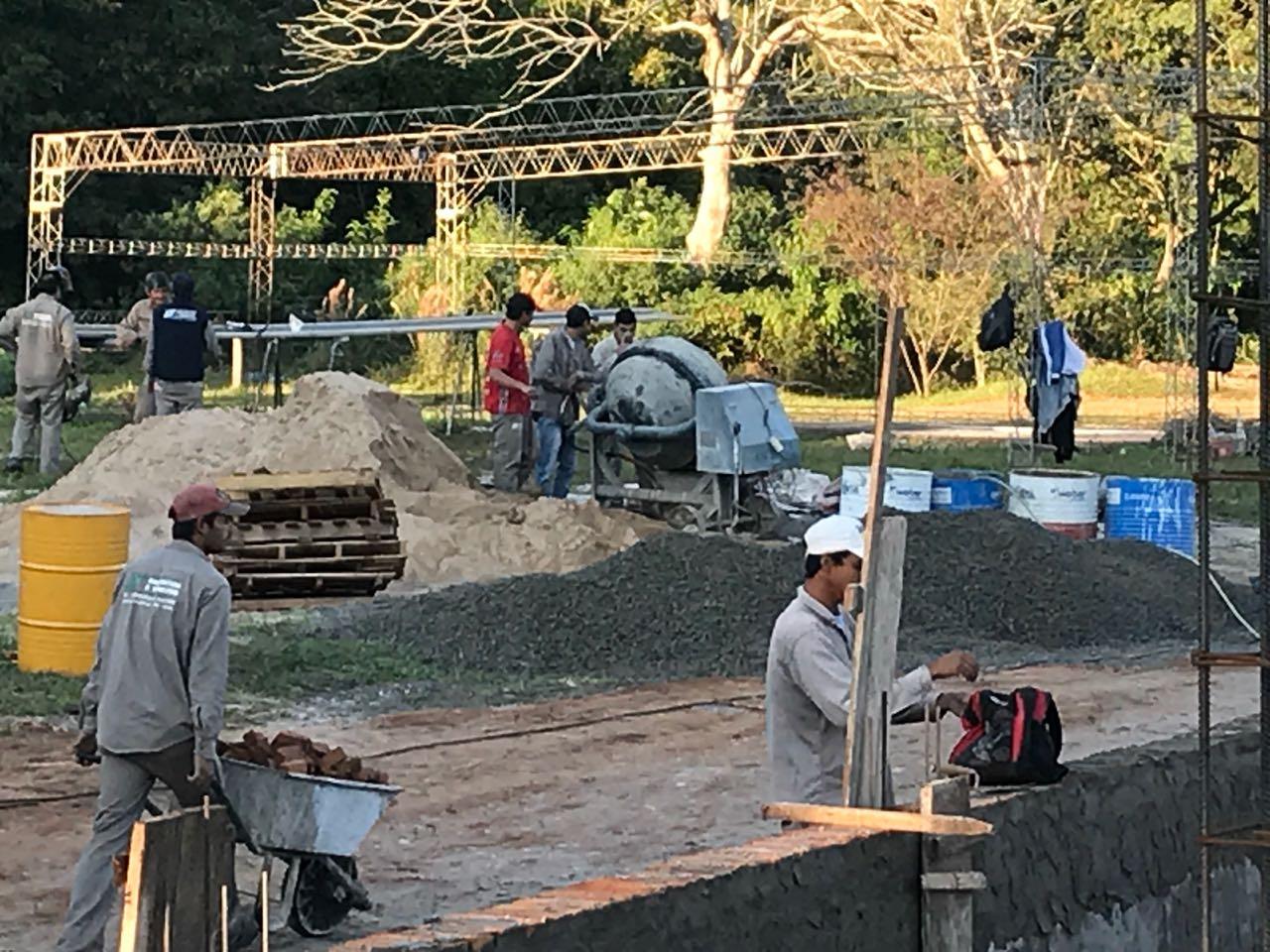 El ministro Rodríguez, supervisó  el avance de obras del nuevo hospital de Ituzaingó