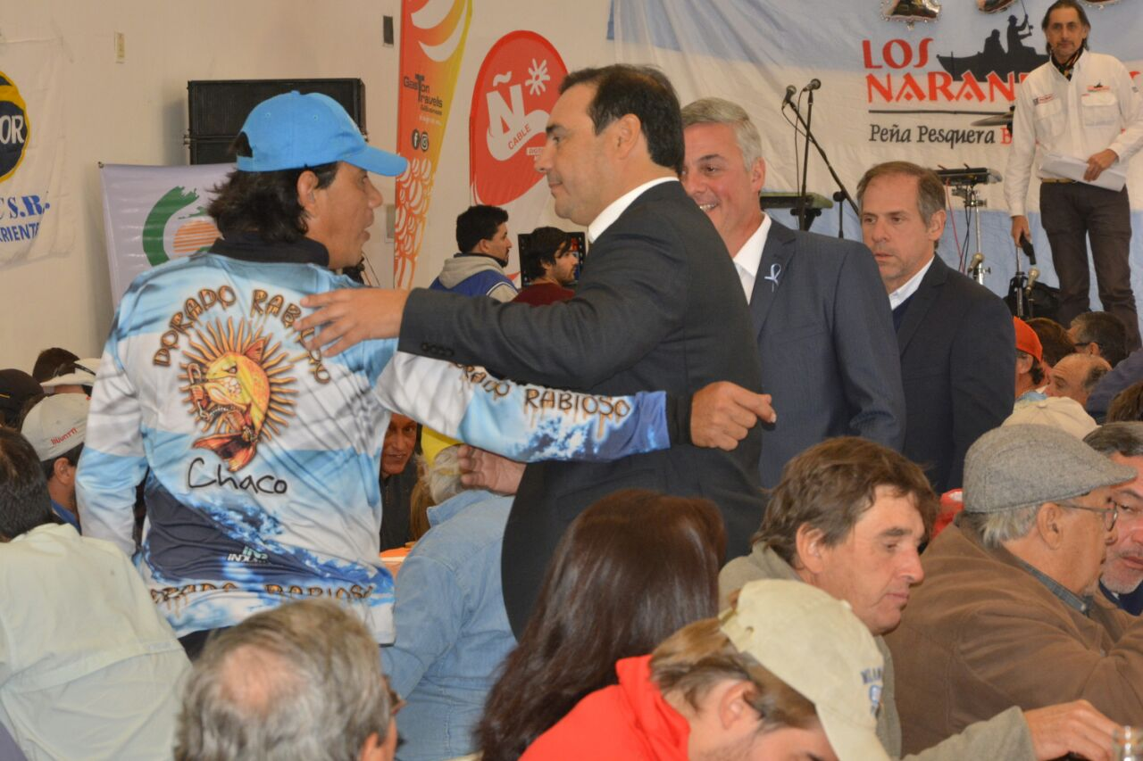Valdés aportó 100 mil pesos para el 9° Concurso de Pesca Variada de Bella Vista