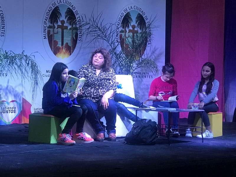 La Feria del Libro Itinerante continúa con atractivas propuestas culturales