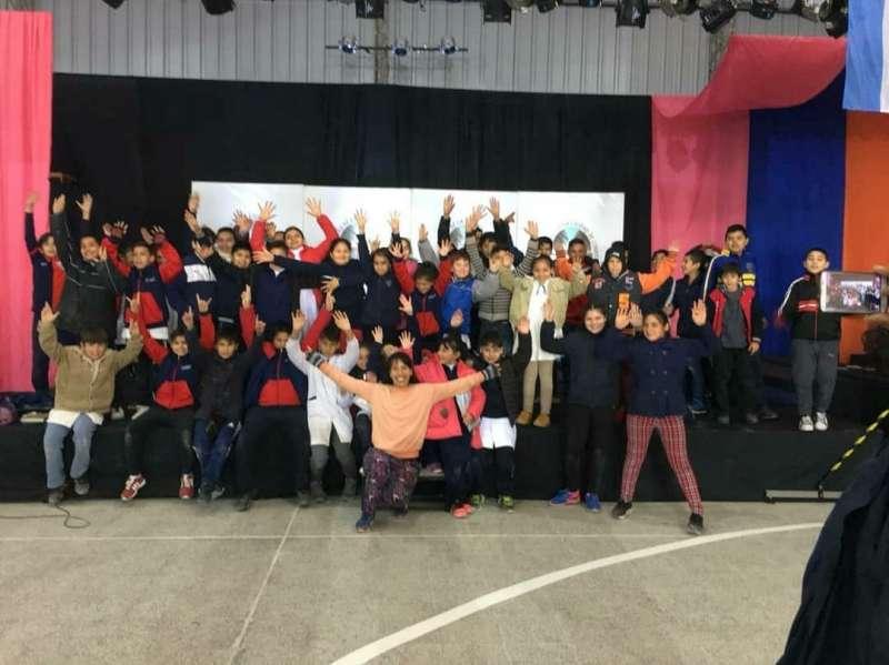 Con obras teatrales y taller literario infantil, continúa con éxito la Feria del Libro Itinerante
