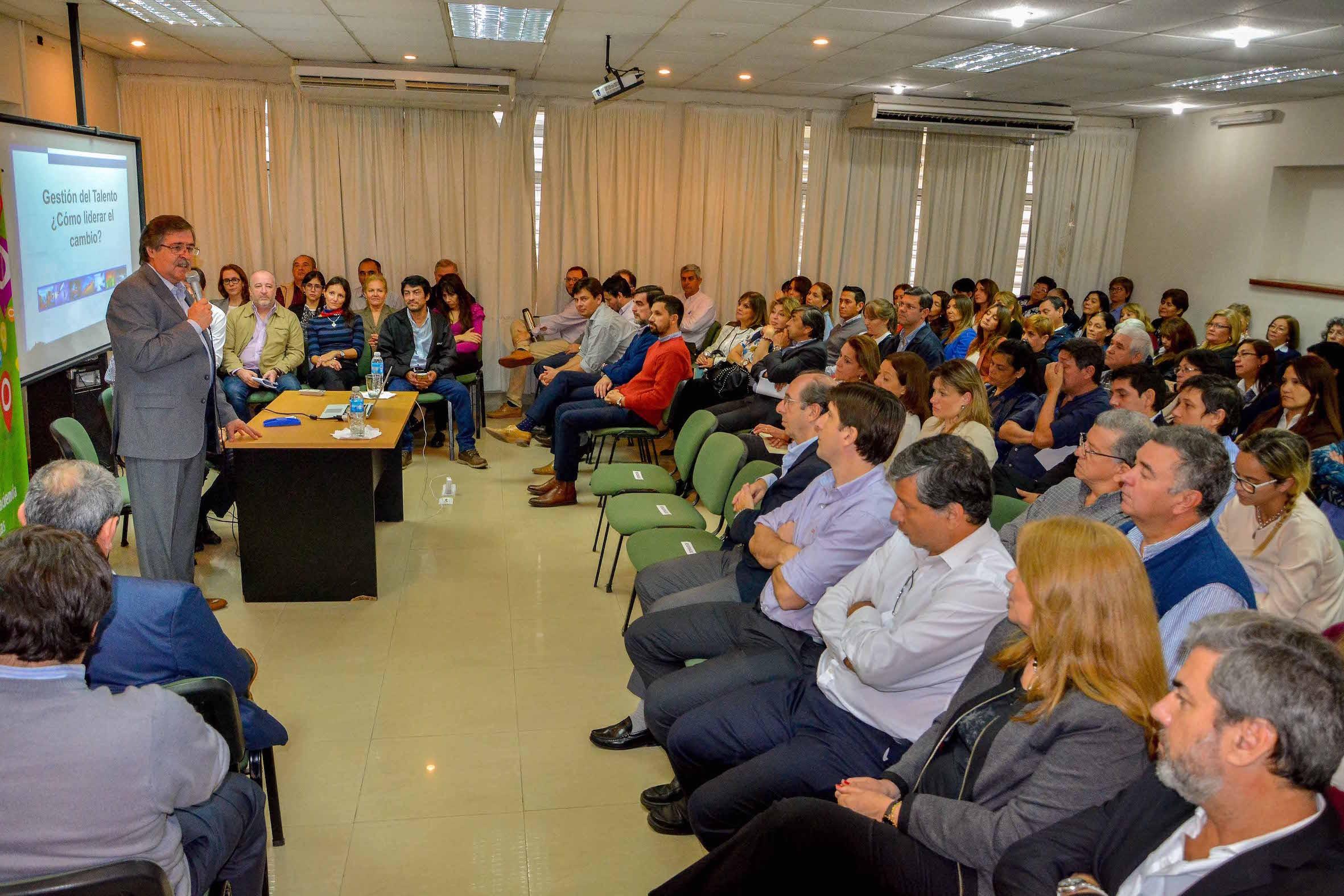 Hacienda inicia proceso de capacitación  para eficientizar la gestión pública
