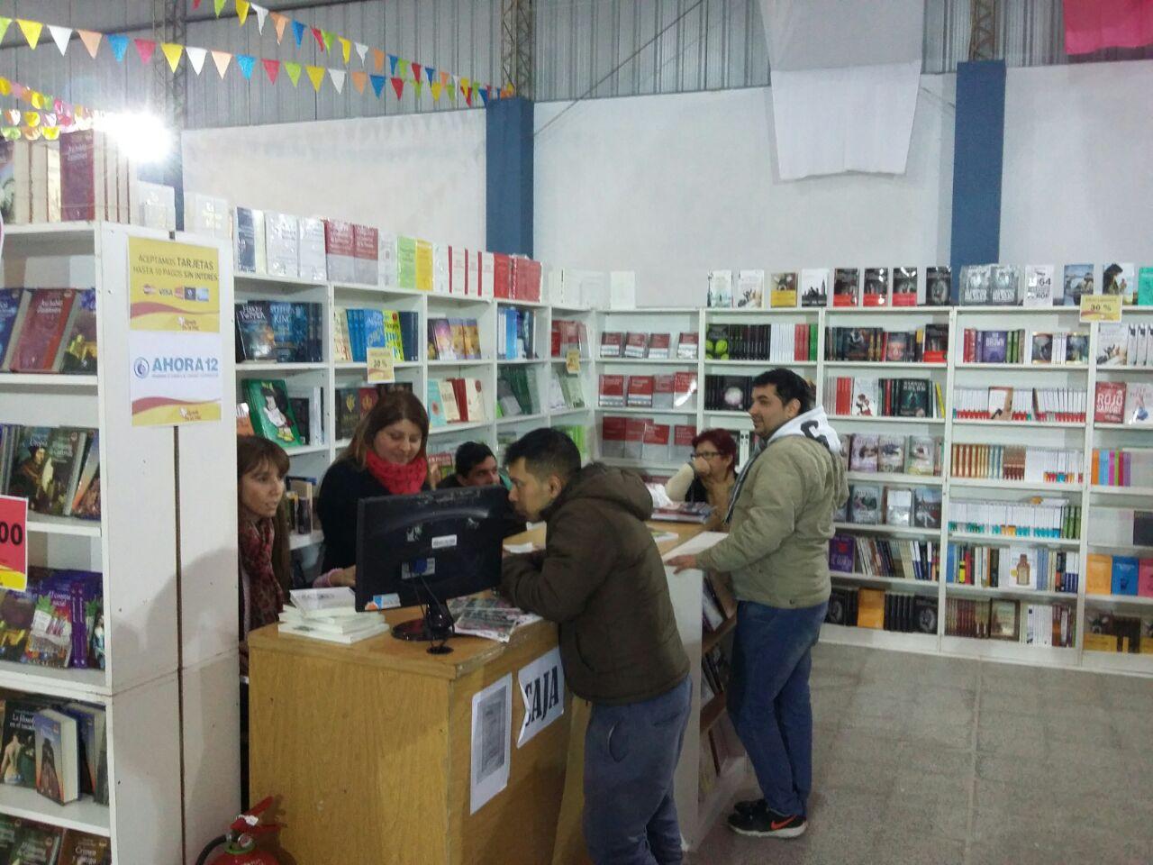Atractivas propuestas culturales y recreativas en la Feria del Libro Itinerante