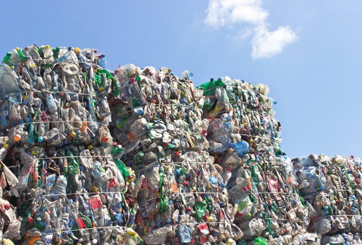 Defensor del Pueblo impulsa ley de fomento de la industria del reciclaje