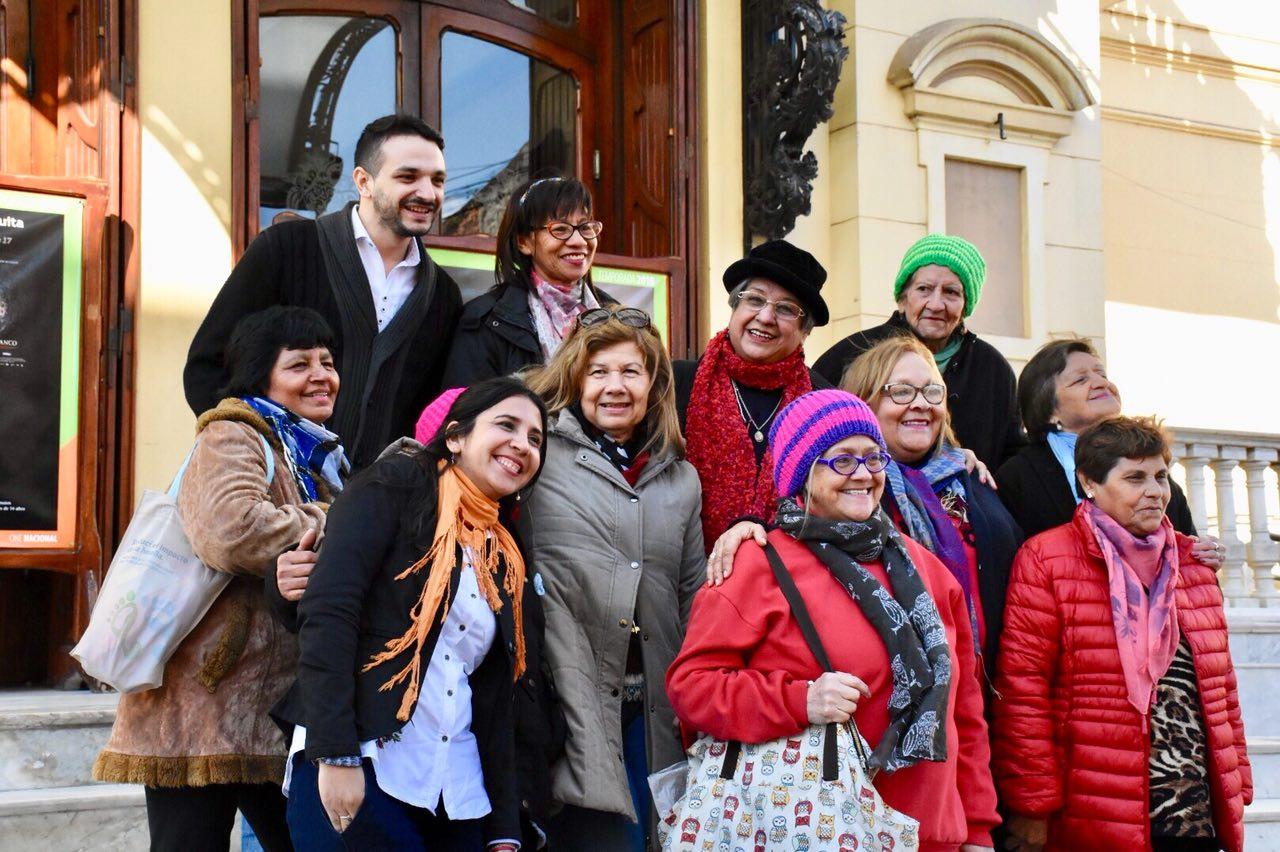 Grupos de teatro de adultos mayores visitaron el Vera
