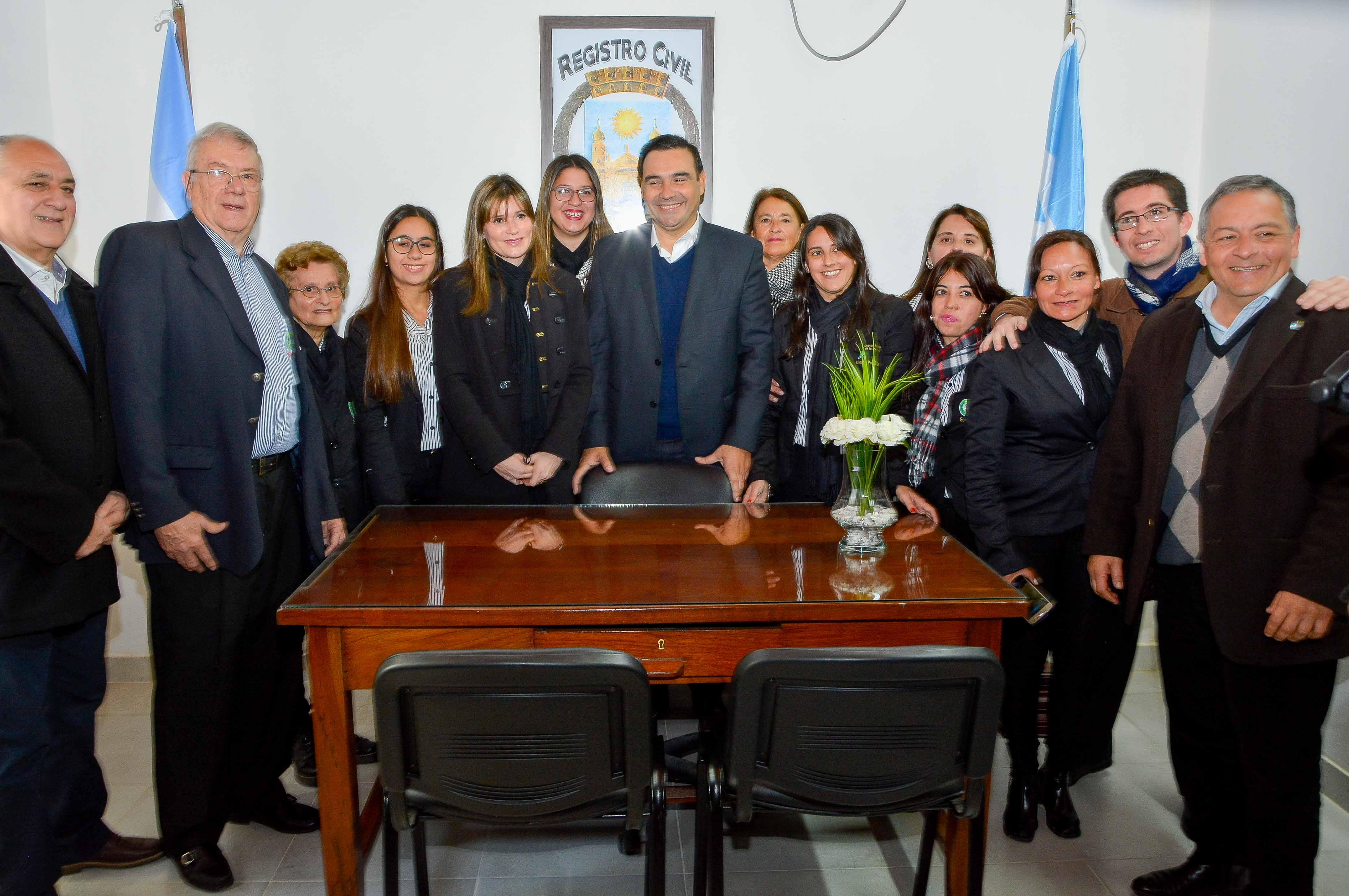 El Gobernador Valdés anunció la digitalización total del Registro de las Personas