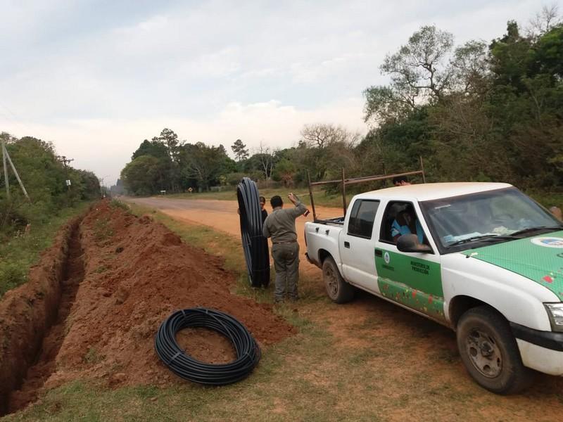 Red de agua en Manantiales: Comenzaron las conexiones domiciliarias