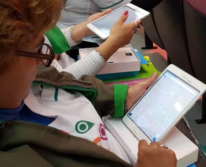 La Provincia entregó tablets para agentes sanitarios