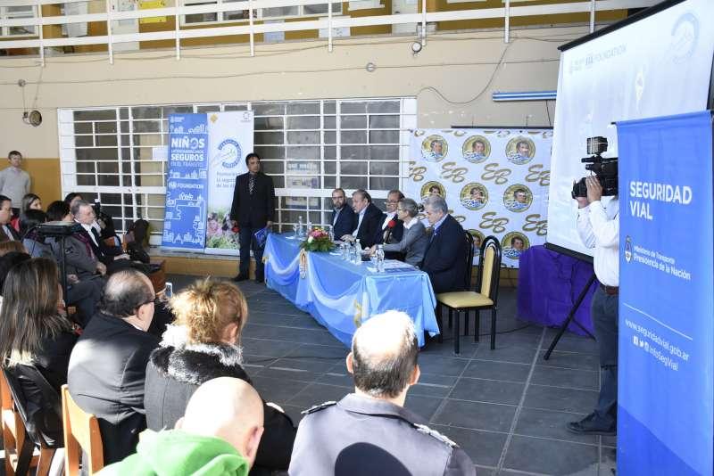 La Municipalidad refuerza acciones de seguridad vial en las escuelas de la ciudad