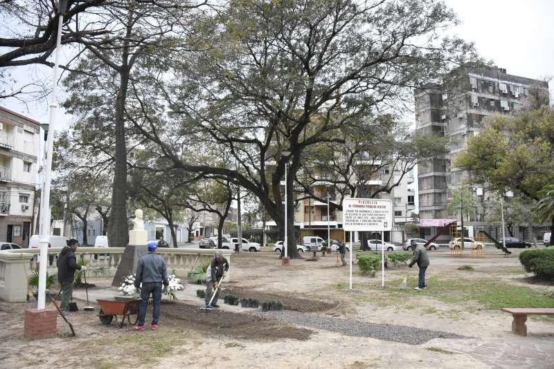 Parquizado, restauraciones y arreglo de plazas en distintos puntos de la ciudad