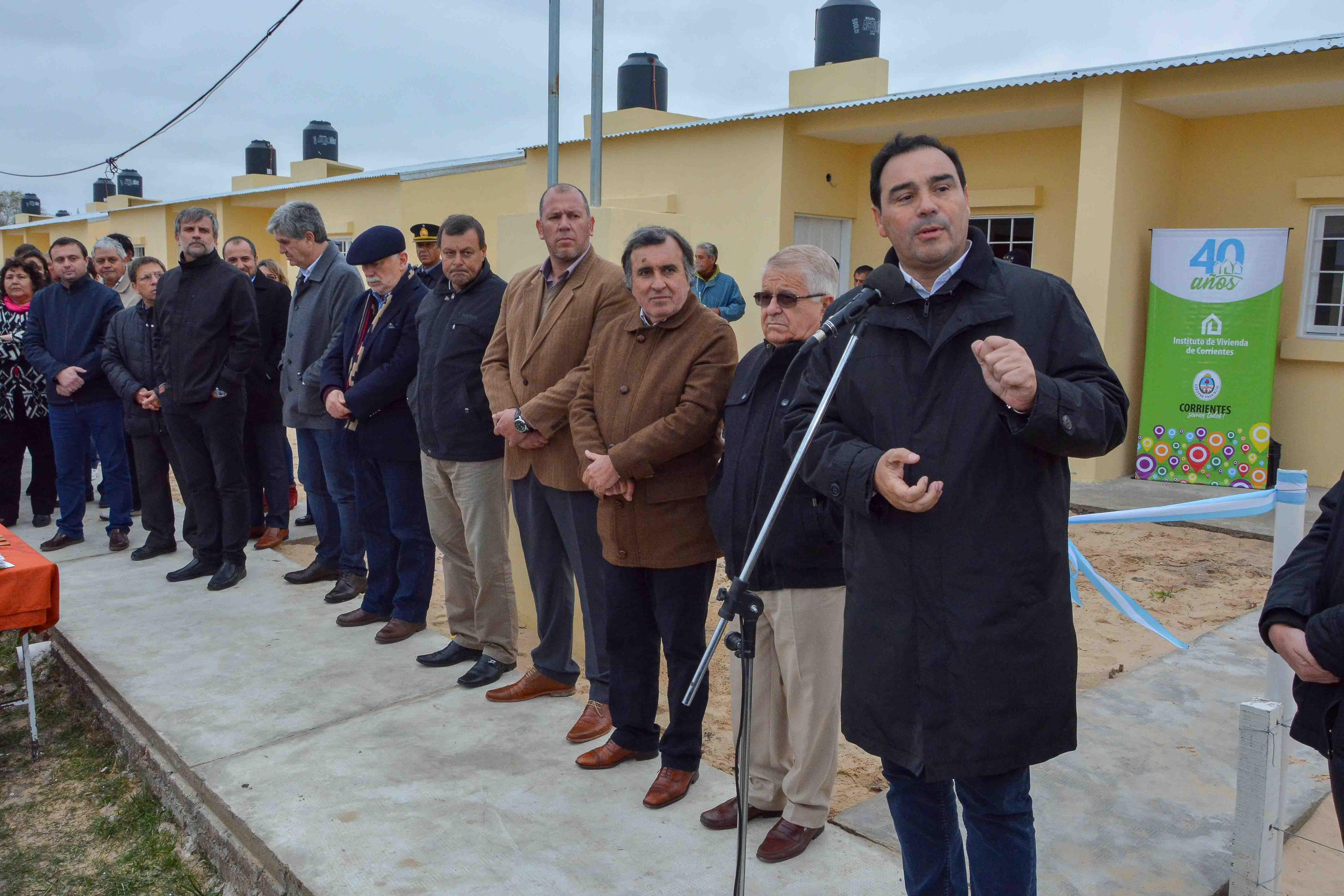"""Valdés: """"Estamos trabajando para que con esfuerzos  compartidos podamos construir viviendas"""""""