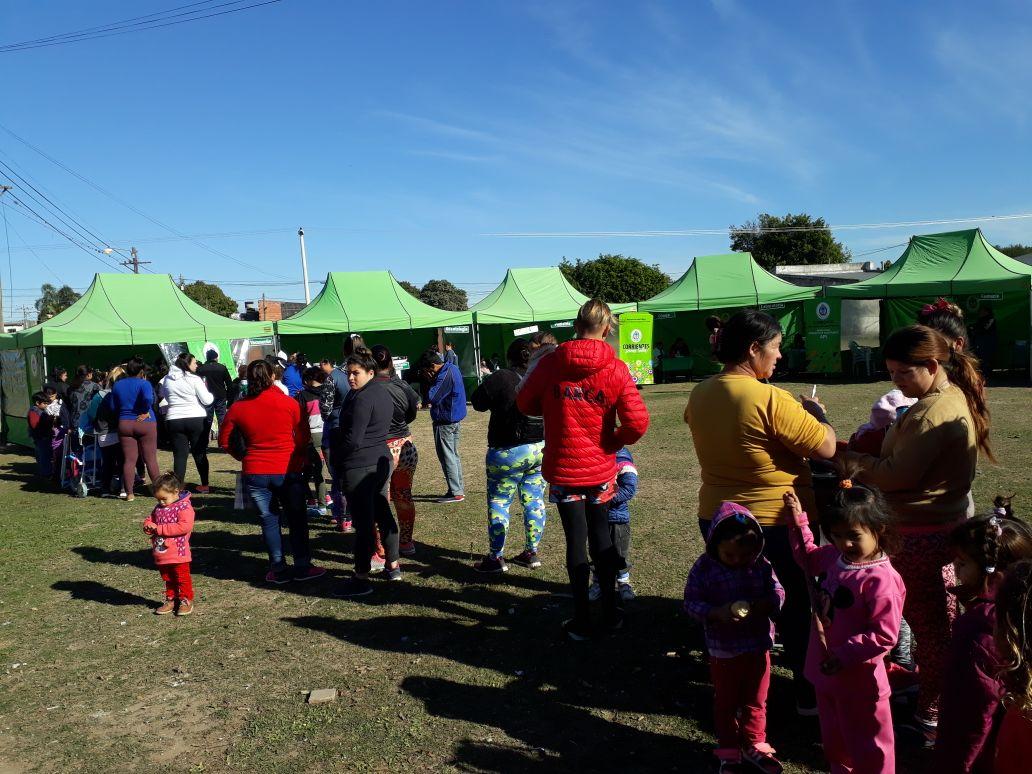 Salud Pública desarrolló operativos en barrios de capital y en el interior de la provincia