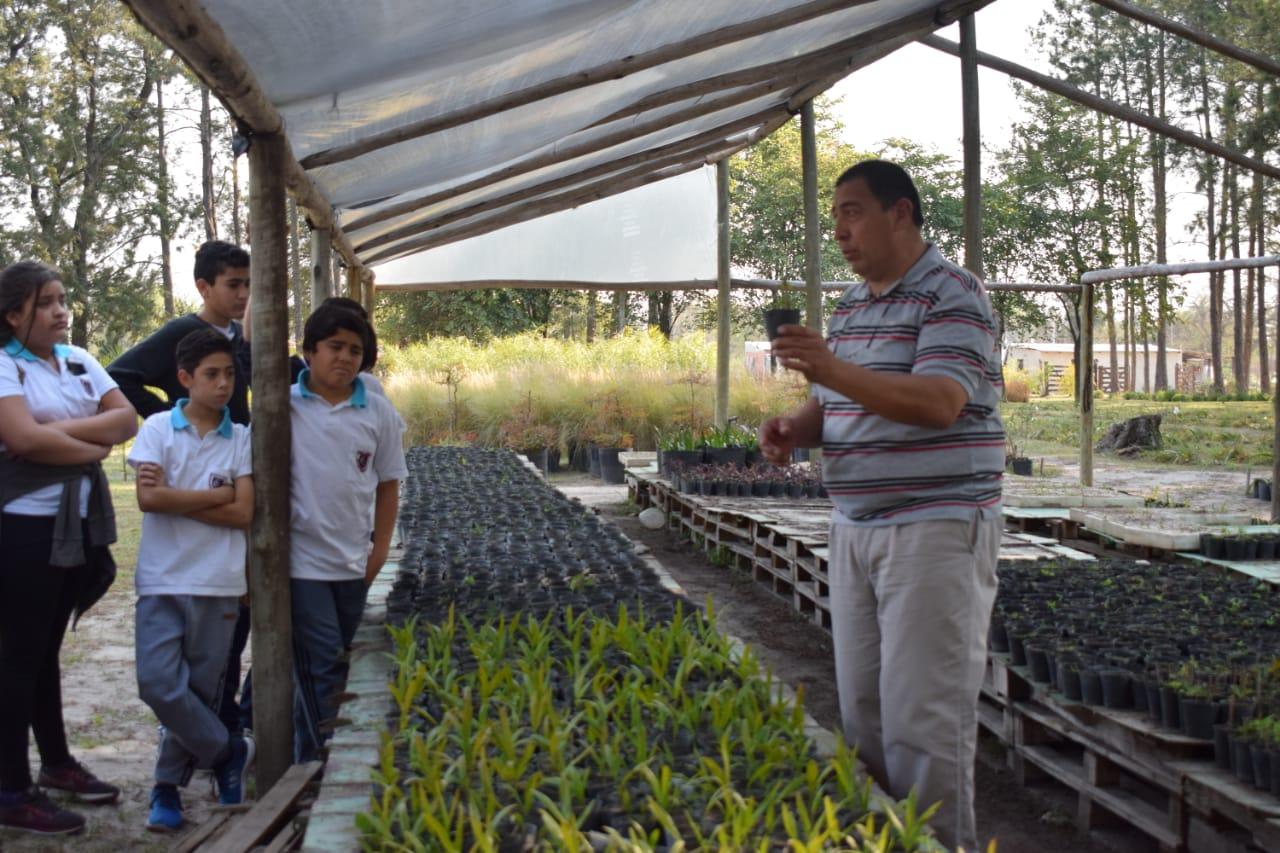 Niños recorrieron el vivero municipal y participaron de una charla sobre medioambiente