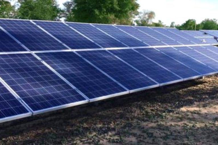 Laboratorio de la UNNE certificará componentes de sistemas fotovoltaicos