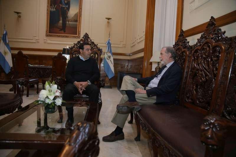 Valdés recibió al presidente del Banco Nación y hablaron de líneas de créditos para obra pública