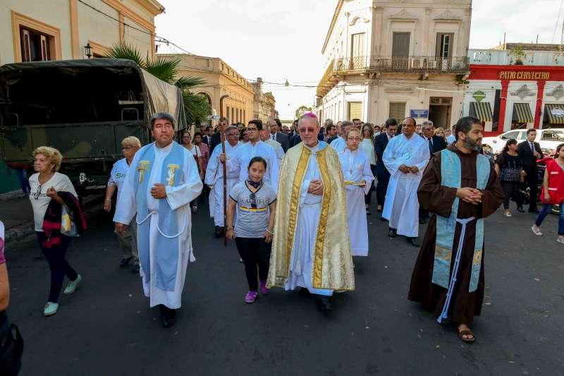 Pueblo y autoridades manifestaron su fervor a Nuestra Señora de la Merced Generala del Ejército y Patrona Jurada de Corrientes
