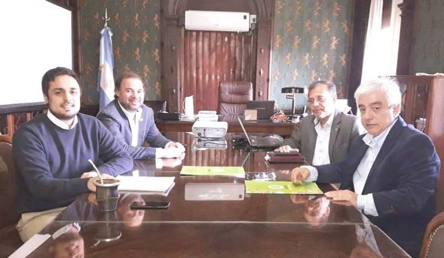 Cardozo se reunió con autoridades nacionales